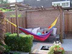 Pergola Designs Ideas And Plans For Small Backyard & Patio - You've likely knew of a trellis or gazebo, but the one concept that defeat simple definition is the pergola. Back Gardens, Small Gardens, Outdoor Gardens, Garden Deco, Terrace Garden, Modern Pergola Designs, Pergola Pictures, Pergola Ideas, Metal Pergola