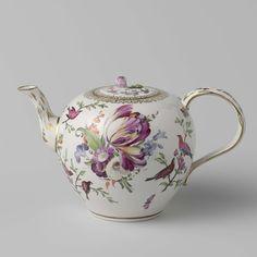 Teapot, Porseleinfabriek Den Haag, 1777 - 1790 - Rijksmuseum