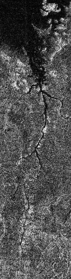 The first-ever image of a massive river system on another world
