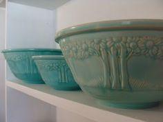 Vintage Pottery, Homer Laughlin Orange Tree Nesting Bowls (sometimes referred to as Apple Tree Bowls).