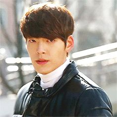 Animated gifFind images and videos about kim woo bin and heirs on We Heart It - the app to get lost in what you love. Kim Woo Bin, Korean Tv Series, Uncontrollably Fond, Korean Wave, Park Shin Hye, Bae Suzy, The Heirs, Asian Actors, Asian Boys