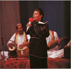 Afghanistan on my mind: When Afghans had fashion 60's, 70's, and 80's. Ustad Farida Mahwash - famous singer - 1970's