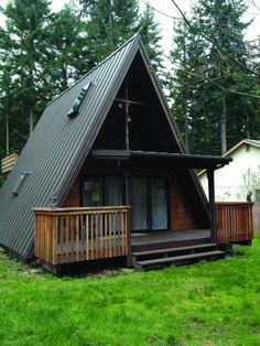 Are A-frame Cabin Kits Worth it? Tyni House, Tiny House Cabin, House Roof, Cabin Homes, A Frame House Plans, A Frame Cabin, Design Loft, House Design, Metal Roof Installation