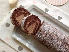 Pařížská roláda Czech Desserts, Cake Roll Recipes, Czech Recipes, Rolls Recipe, Desert Recipes, Baked Goods, Sweet Recipes, Baking Recipes, Banana Bread