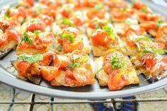 Margherita Triscuit Pizza