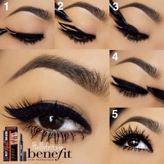 wing eyeliner pictorial using Benefit They're Real Push-Up Liner, by @hellofritzie