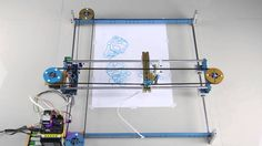 Makeblock Drawing Robot: XY Plotter to Draw Freely on Paper