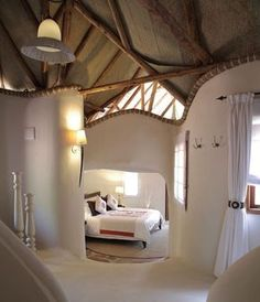 This Cob House: Cob House & Natural Building Designs - decoratoo Cob Building, Building A House, Green Building, Building Plans, Adobe Haus, Earth Bag Homes, Earthship Home, Mud House, Clay Houses