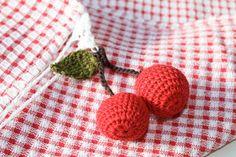 Bees and Appletrees (BLOG): gehaakte kersjes (zelf maken) - crochet cherries (DIY)
