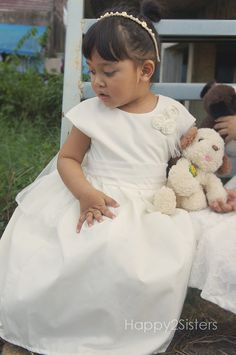 Hey, I found this really awesome Etsy listing at https://www.etsy.com/listing/253695537/flower-girl-dress-ivory-flower-girl