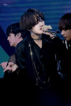 Uploaded by 호비 ☾. Find images and videos about bts, bangtan boys and k-pop on We Heart It - the app to get lost in what you love. Bts Suga, Min Yoongi Bts, Bts Bangtan Boy, Daegu, Seokjin, Namjoon, Taehyung, Agust D, K Pop