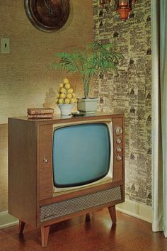 """Sparton """"Command"""" Television (Model circa 1960 - Advertising Postcard Console tv we had one after our black & white tv died with smoke coming out of it one morning at breakfast. Radios, Vintage Television, Television Set, Tvs, Mid-century Modern, Objets Antiques, Tv Sets, Vintage Tv, Vintage Vibes"""