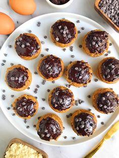 5-ingredient Mini Paleo Chocolate Chip Cupcakes