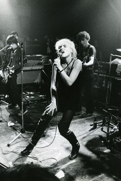Blondie on stage