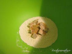 🥇 Reteta paine de casa - Cea mai buna reteta de paine Tupperware, Mai, Grains, Food, Essen, Meals, Tub, Seeds, Yemek