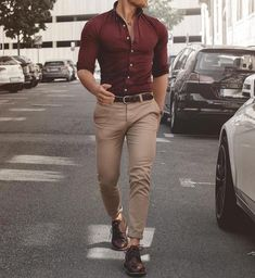 46 Amazing And Cozy Casual Business Outfit For Men business casual outfits men - Casual Outfit Formal Dresses For Men, Formal Men Outfit, Casual Wear For Men, Stylish Mens Outfits, Casual Summer Outfits, Formal Wear For Men, Formal Shirts For Men, Casual Attire, Edgy Outfits