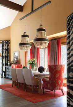 Beautiful red living room design ideas to consider 00018 ~ Home Decoration Inspiration Elegant Dining Room, Beautiful Dining Rooms, Dining Room Design, Kitchen Design, Dining Room Furniture, Dining Room Table, Dining Chairs, Feng Shui, Living Room Red