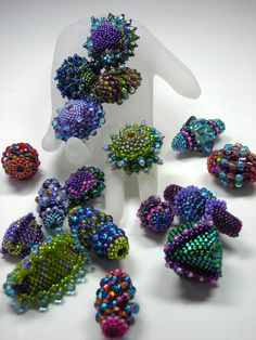 Nikia's Beaded Beaded Beads Tutorials on CD and free by Nikia