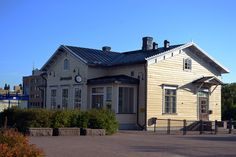 Järvenpää - Asema-Aukio Mansions, House Styles, Home Decor, Decoration Home, Room Decor, Fancy Houses, Mansion, Manor Houses, Mansion Houses