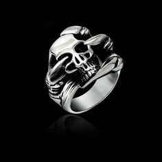 The Lord of the Rings Skeleton Dragon Claw Devil Ring Retro Punk fashion biker Ring Gothic Guards Accessories