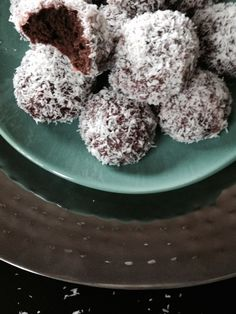 Page non trouvée Arabic Sweets, Arabic Food, Pastry Recipes, Dessert Recipes, French Patisserie, Biscuit Recipe, Pretty Cakes, Donuts, Food And Drink