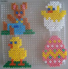 Easter ornaments hama perler beads by Les loisirs de Pat Fuse Bead Patterns, Perler Patterns, Beading Patterns, Quilt Patterns, Hama Beads Design, Diy Perler Beads, Easter Art, Easter Crafts, Art Perle