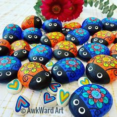 Painted Rock Cactus, Painted River Rocks, Painted Rock Animals, Painted Rocks Craft, Hand Painted Rocks, Pebble Painting, Dot Painting, Pebble Art, Stone Painting
