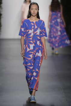 Noon by Noor RTW Spring 2016 [Photo: Giovanni Giannoni]