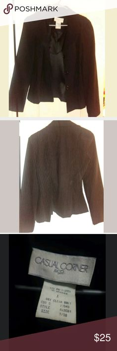 Casual Corner blazer size 9/10 Casual Corner blazer size 9/10. Good condition. Comes from smoke and pet free home. casual Corner Jackets & Coats Blazers
