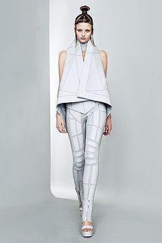 Future Fashion, Gareth Pugh, Futuristic Fashion, Geometric, fashion show, Futuristic Style, Spring 2011, Futuristic Clothing, future, modern by FuturisticNews.com