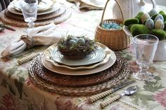 The Tablescaper: Easter Tablescapes