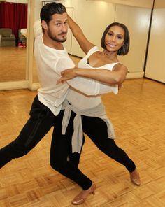 Night 2 'Dancing with the Stars': Tamar Braxton leads, Victor Espinoza rides off | Maxine Nelson - Tampa TV Examiner Val and Tamar Braxton
