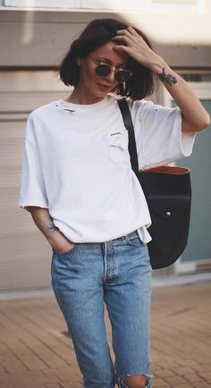 ootd t shirt + bag + ripped jeans