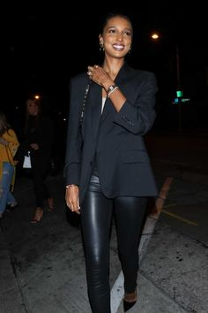 Jasmine Tookes rocking pointy black leather pumps with high heel Black Leather Pants, Leather Trousers, Leather Pumps, Jasmine Tookes, Autumn Street Style, Dark Beauty, Black Button, Absolutely Gorgeous, High Heels