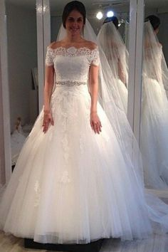 Off-the-shoulder Sweep-Train Short-Sleeves Elegant A-line Lace Wedding Dress