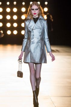 Saint Laurent Fall 2015 Ready-to-Wear Fashion Show - Varvara Shutova