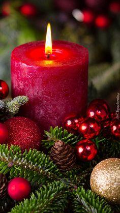 Christmas Scenes, Noel Christmas, Christmas Candles, Christmas Pictures, Christmas Decorations, Wallpaper Natal, Christmas Competitions, Christmas Phone Wallpaper, Christmas Feeling