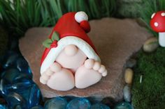 Polymer Clay Christmas Baby Gnome – Miniature Baby Gnome – Mini Clay Baby Gnome – Fairy Garden Acces - All About Polymer Clay Ornaments, Sculpey Clay, Polymer Clay Miniatures, Polymer Clay Projects, Polymer Clay Creations, Polymer Clay Art, Diy Clay, Christmas Decorations To Make, Christmas Crafts