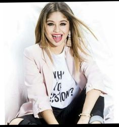 Disney Channel, Best Tv Shows, Favorite Tv Shows, Brazilian Girls, Son Luna, The Most Beautiful Girl, Justin Bieber, American Actress, Youtubers