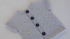 Ravelry: Filetstueck's Handkerchief / hanky in filet-crochet with scalloped edge Filet Crochet, Easy Crochet, Crochet Baby, Baby Knitting Patterns, Old Fashioned Christmas, Crochet Videos, Body, Vest, Denim