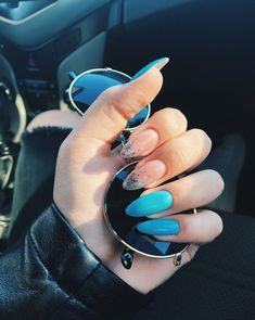 Have you discovered your nails lack of some modern nail art? Yes, lately, many girls personalize their nails with lovely … Aycrlic Nails, Nail Manicure, Hair And Nails, Glitter Nails, Stylish Nails, Trendy Nails, Perfect Nails, Gorgeous Nails, Fire Nails