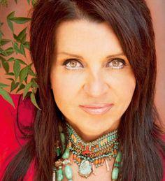 Colette Baron-Reid  Aktuelle Veranstaltungstermine gibt es hier: http://www.frankfurter-ring.de/referenten.html
