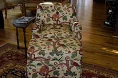 """Club chair and ottoman 2'8"""" 29"""" 4'8"""" Can this be used by Tim's chair?"""