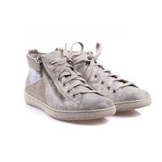 Sneakers, Sports, Fashion, Tennis, Hs Sports, Moda, Slippers, Fashion Styles, Excercise