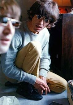 ♡♥John Lennon with George - click on pic to see a full screen pic in a better looking black background♥♡