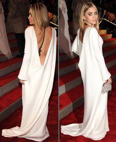 Ashley Olsen - Blouson Sleeve Open Back White Gown Olsen Fashion, 90s Fashion, Fashion Outfits, Womens Fashion, Ashley Olsen Style, Olsen Twins Style, Looks Style, My Style, Costume Institute