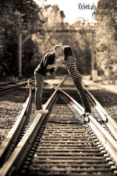 Couple Kissing on Train Tracks (Rebekah Goldman Photography)