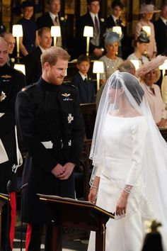 What Prince Harry Told Meghan Markle Right Before Their Wedding Ceremony Harry And Meghan Wedding, Harry Wedding, Meghan Markle Wedding, Prince Harry Et Meghan, Princess Meghan, Prince William And Kate, Royal Brides, Royal Weddings, Before Wedding
