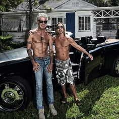 I read the news today oh boy! RIP Anthony Bourdain, you have inspired many 🦋 Pictured here with friend Iggy Pop Iggy Pop, Pop Rock, Rock And Roll, Anthony Bordain, Moving To Miami, Gq Magazine, Eric Clapton, David Bowie, The Beatles