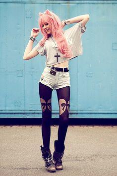 Loving these stockings #leggings #alternative #style (Fashion Grunge Alternative)